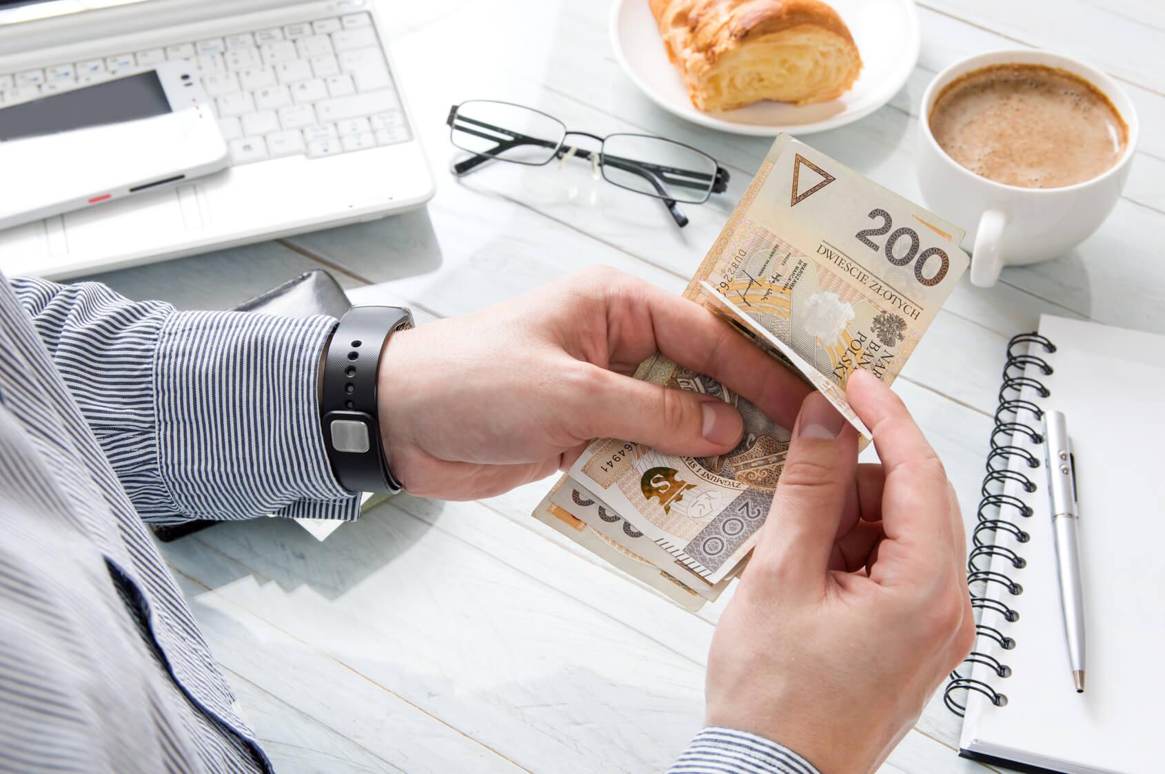 Płatności gotówkowe w transakcjach handlowych w 2017 roku.